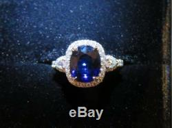 $33,000 Rare Ladies 18kt Gia Flawless Natural Large Blue Sapphire Diamond Ring