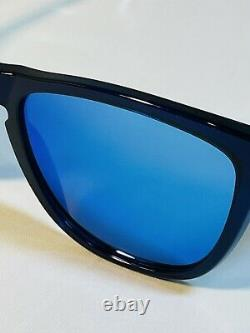 Oakley Surf Collection Frogskins Blue With Sapphire Iridium Lens Rare Display