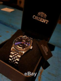 Rare Orient Oyster Day/Date Automatic Watch Sapphire Silver/Blue Mint Condition