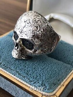 Very Rare One Of A Kind Authentic Mastermind Blue Sapphires Skull Silver ring